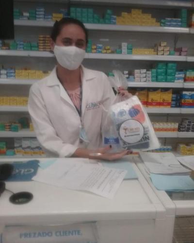 Entrega de EPIs pelo nosso Farmacêutico Fiscal Dr. Flávio 2